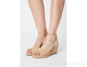 Tamaris Wedge sandals - almond/beige
