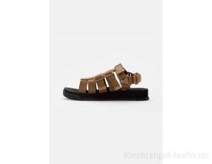 Shaka RALLY - Sandals - coyote brown/brown