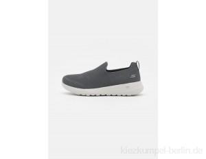 Skechers Performance GO WALK MAX - Walking trainers - charcoal/dark grey
