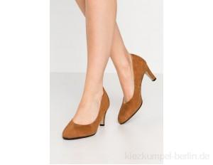 Tamaris Classic heels - cognac